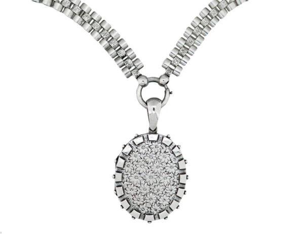 Victorian Collar & Locket AJ15639