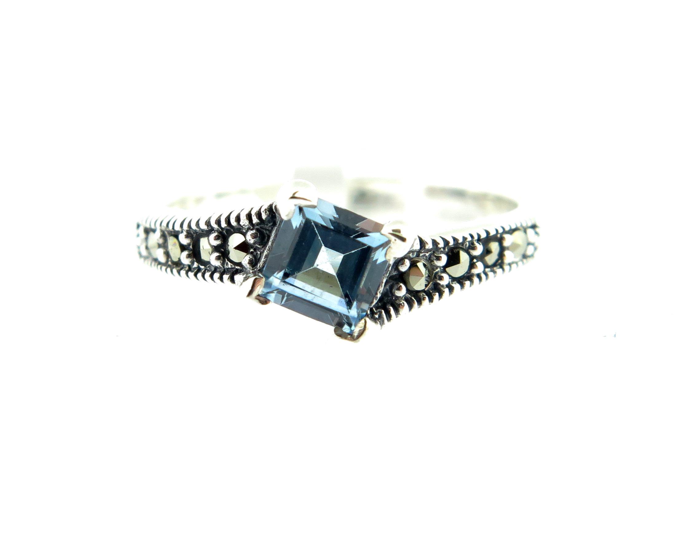 Blue Topaz Ring MJ11104