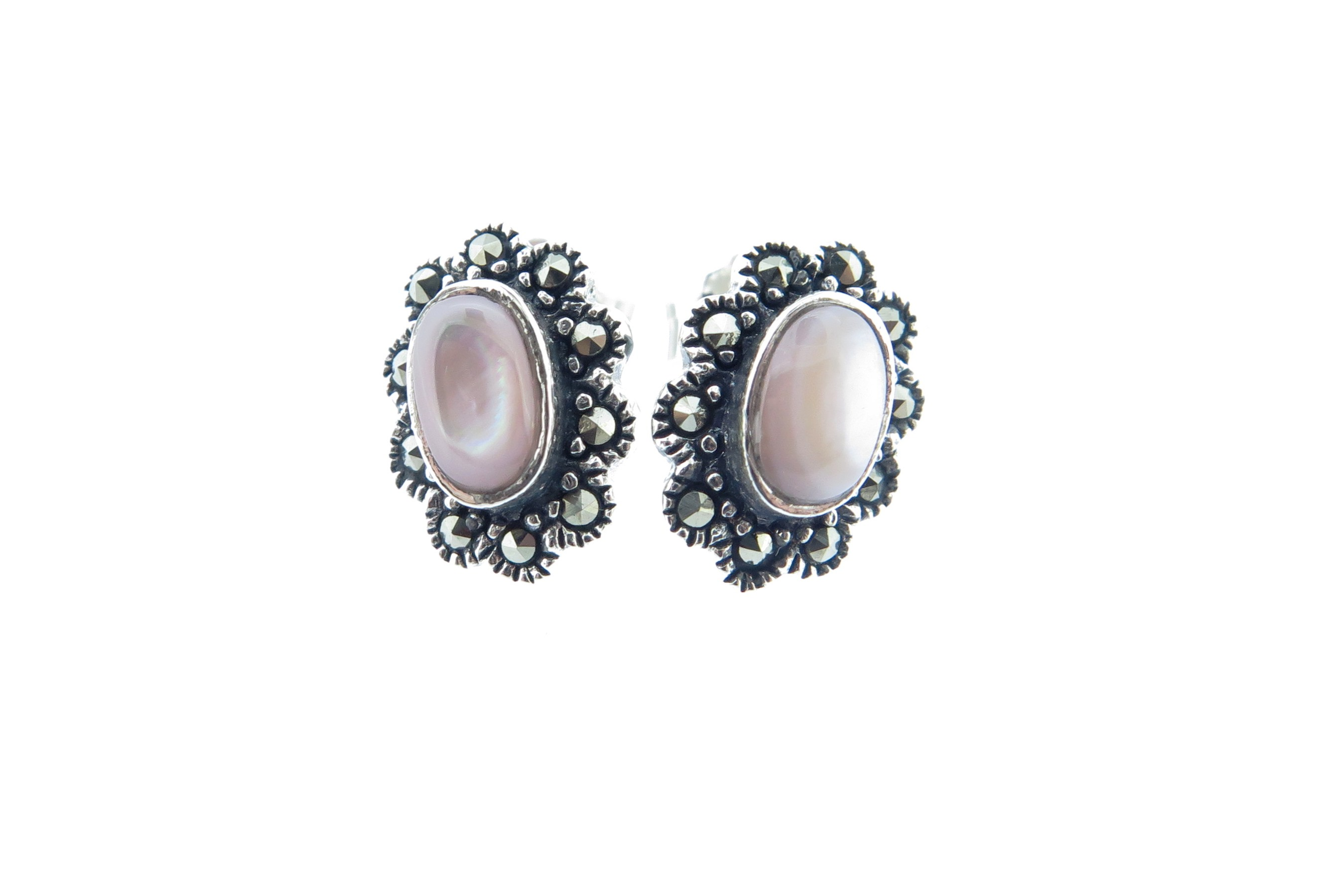 Pink Mother of Pearl Studs MJ15821