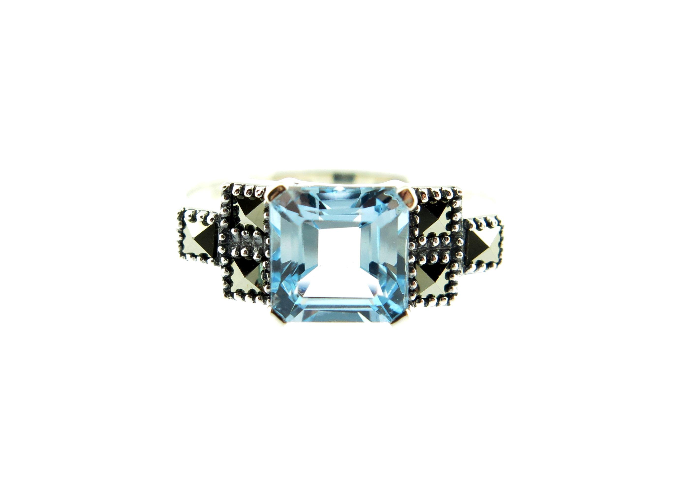 Blue Topaz Ring MJ19699