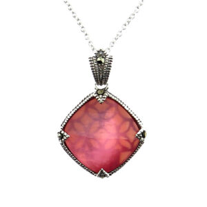 Pesca Mother of Pearl Pendant on Chain MJ20728