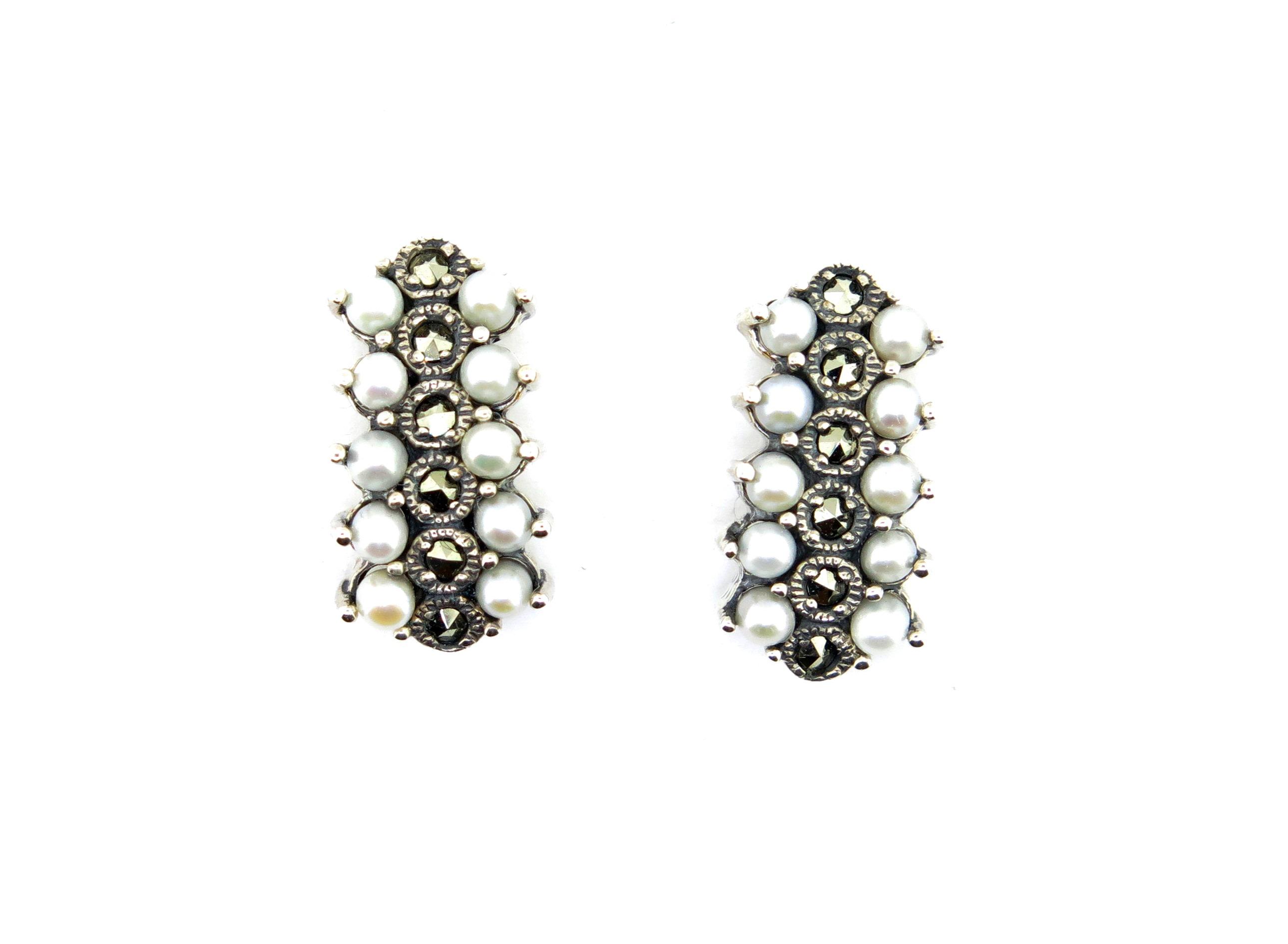 Seed Pearl Stud Earring MJ3614
