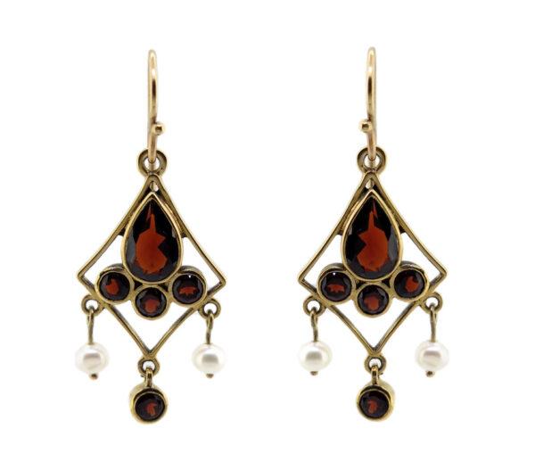 Garnet & Pearl Earrings MJ9375